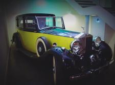 Rolls Royce Phantom III - Goldfinger